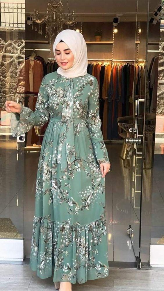 Kusakli Tesettur Abiye Modeli Kadinev Com Elbise Modelleri Elbise Cicekli Elbise