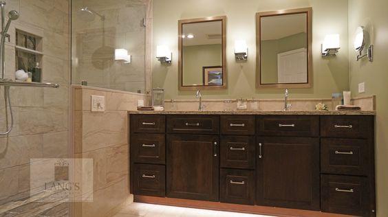 Pretty Transitional Shower Design