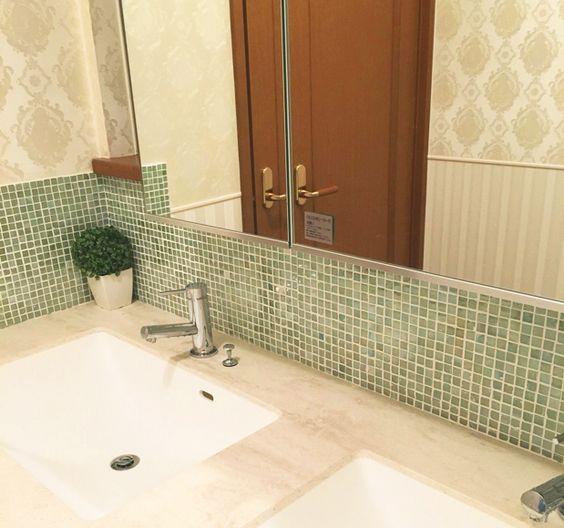 洗面台横に繋げたメラミンのカウンター 洗面台 浴室 インテリア