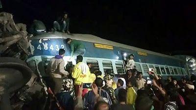 Photo: India Train Crash Leaves 26 Dead Last Night
