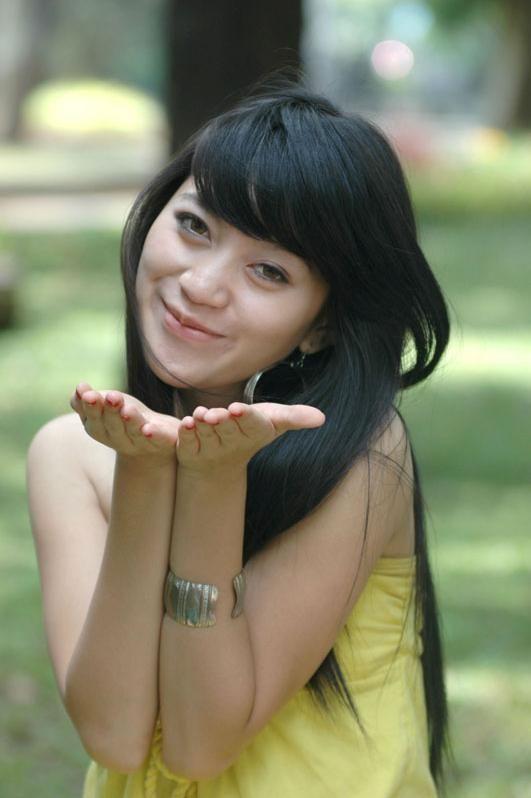 http://www.modelsemarang.com/images/gadis_model_semarang/gadis_model_semarang%20(2).JPG