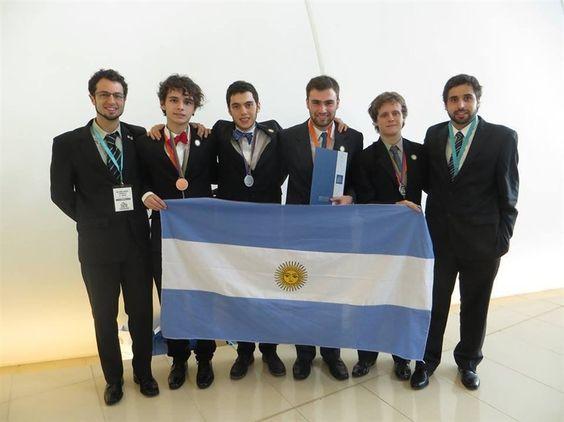 Tres medallas en las Olimpíadas de Química