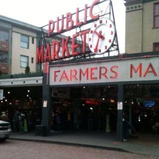 Pike Place fresh fish market