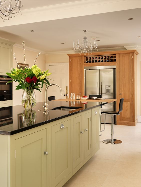 Harvey jones shaker kitchen painted in farrow ball for Kitchen cabinets zimbabwe