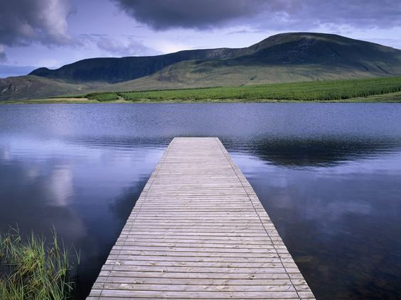 ireland | Papel de Parede Lake In The Highlands Of Donegal Ireland - Papéis de ...