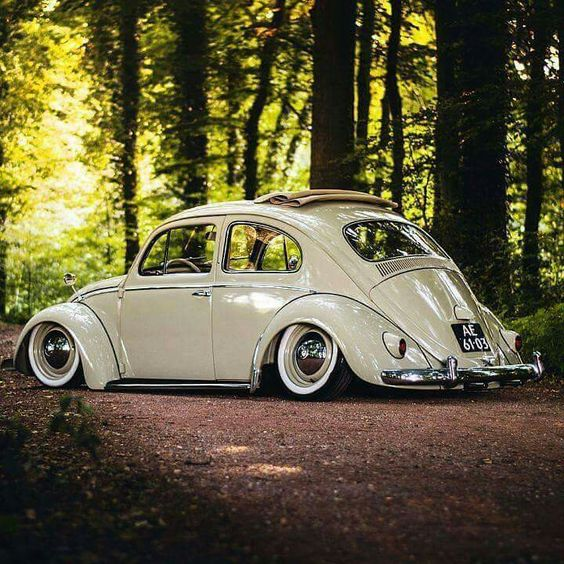 Slammed VW Beetle Ragtop