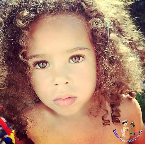 Ameelia - 3 Years • Dad: Jamaican & Scottish • Mom: Swiss & French ❤