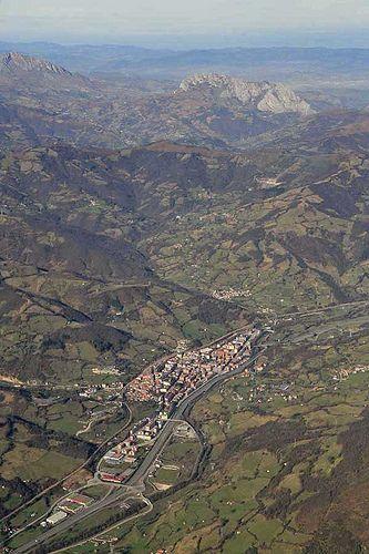 Lena   por Montaña Central de Asturias