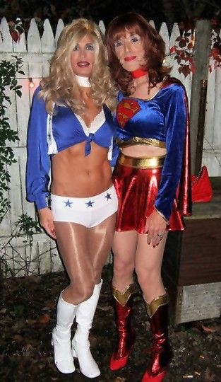 A cheerleader and Super Girl!
