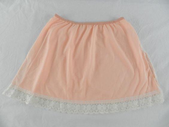 Vintage Peach Half Slip Mini skirt Pinup Van Raalte SS Medium White Lace USA #VanRaalte