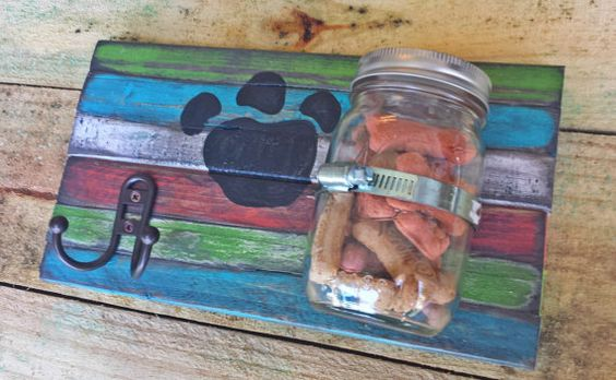 Distressed shabby chic colors reclaimed on an adorable doggie treat and leash holder https://www.facebook.com/MomWithASawFL