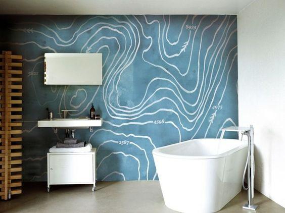 modernes bad mit blauer wand tapete | interior | small bathrooms, Hause ideen