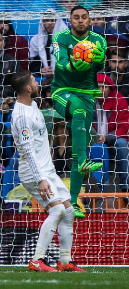Me too, Sergio. Sergio Ramos is as amazed by Keylor Navas's skills as the rest of us.