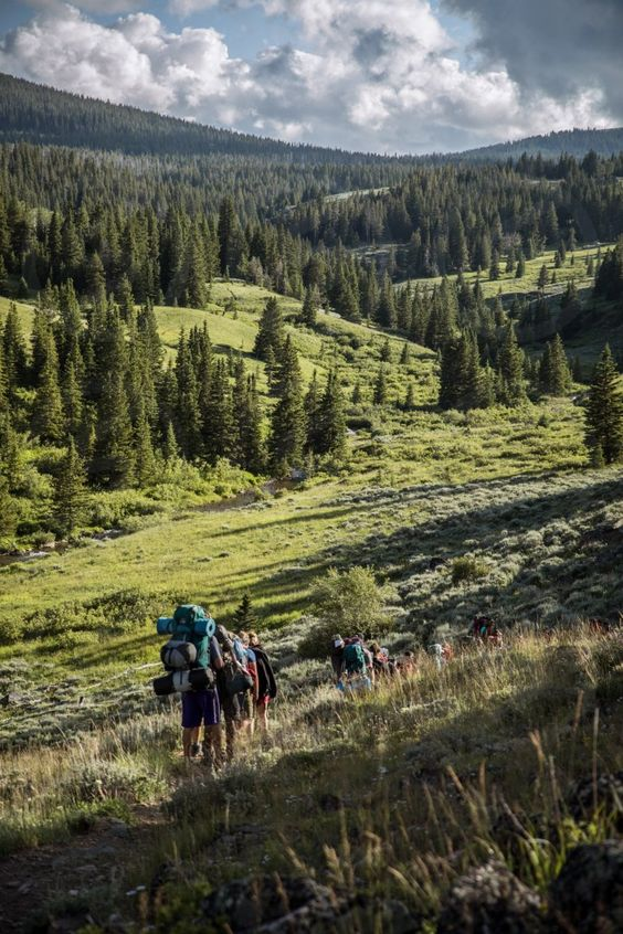 Photo by Matt Engelking - lifestyle, people, fun, nature, outdoors #friends