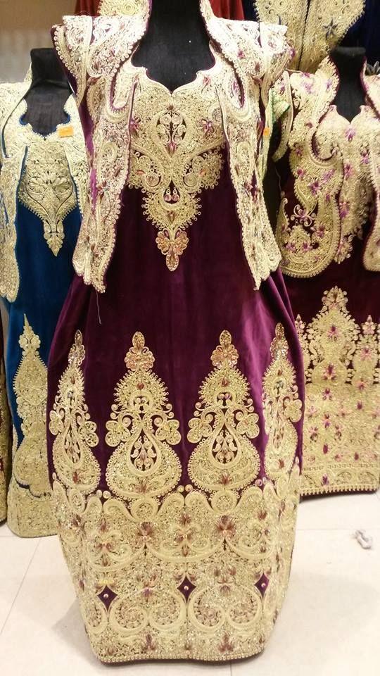 Gandoura, robe traditionnelle de Annaba brodée de