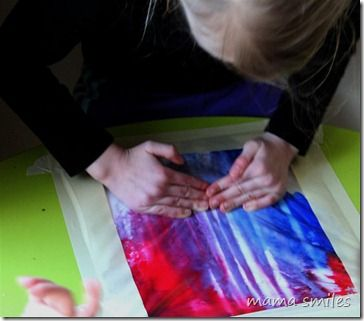 no-mess ziploc bag painting - perfect for the little ones you are afraid might eat paint or times when you don't want a mess