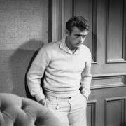 A handsome James Dean
