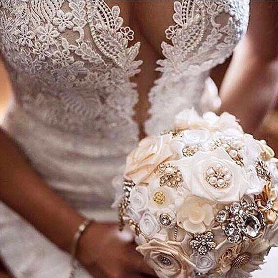 #bride #hochzeit #braut #hochzeitstag #dügün #gelin #gelinlikmodelleri #gelinlik #inspiration #weddingideas #weddingdecor #weddinginspiration #weddingday #bridetobe #brideandgroom #bridemakeup #bridehair #bridefashion #bridebouquet #wedding #Alamango #Bridal #Textiles #Wedding #AlamangoBridal #AlamangoTextiles #Malta #LoveMalta #Bridesmaid #WeddingDress