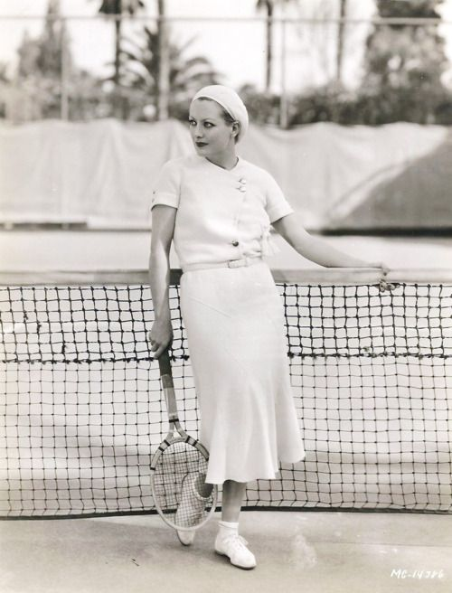Joan Crawford, 1930