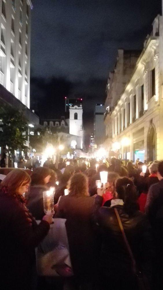 Nano (@nanothompson) | Twitter Marcha de las Antorchas en defensa de la educación pública