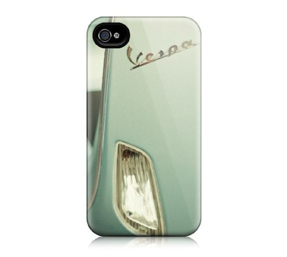 Vespa iPhone 4 Case... Next best thing to the real thing.