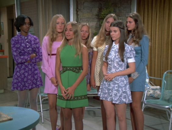 Marcia Brady and her friends outfits are on point