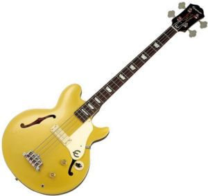 love bass guitars like this. i think i just like this body style. it's so pretty.