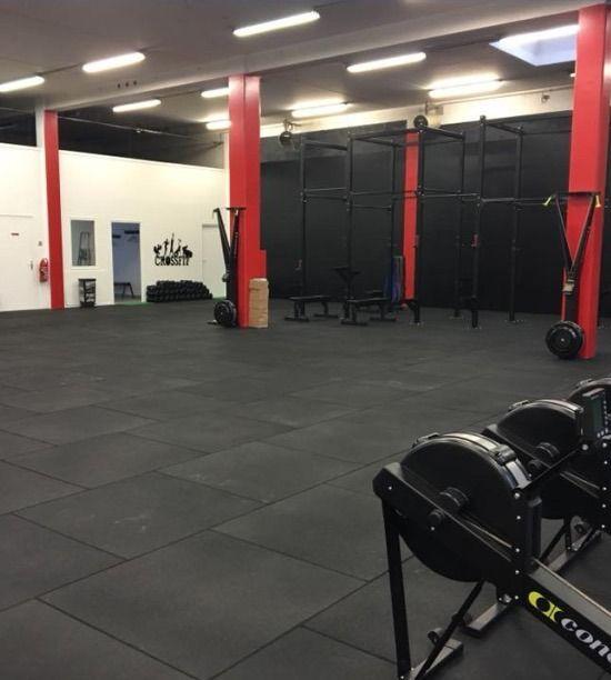 Best Gym Flooring Tiles Designs 2020 In 2020 Gym Flooring Tiles Gym Flooring Best Gym