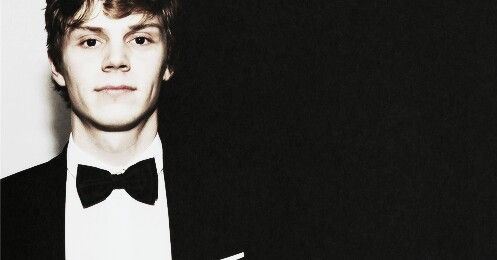 Have some Evan Peters