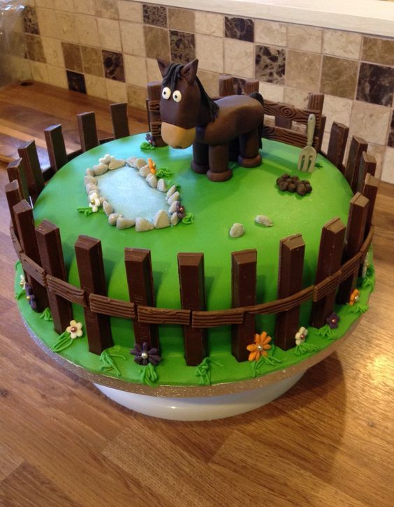 Chocolate Fence Kit Kat Or Fingers Horse Cake Horse Birthday