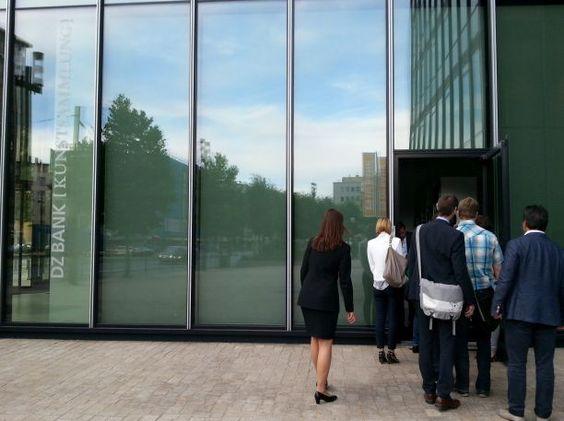 "Insights ""Social Media, Kunst + Finanzen"" am 23.06.2014: DZ Bank Kunstsammlung, auf dem Weg zum Art Foyer #smcffm"