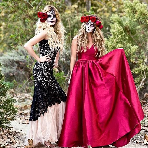 Happy Halloween! We love @sapphirediaries' and @dkwstyling's dead glam look. #Halloween #HalloweenStyle #DeadGlam #HalloweenMakeup