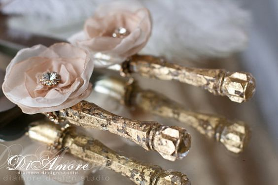 Wedding cake server and knife / ivory & gold cake by DiAmoreDS