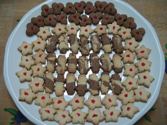 Sumptuous Flavours: Cookies : Cornflour Biscuits 玉米粉曲奇