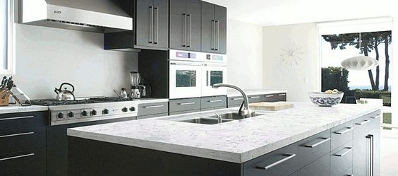 Okite carrara bianco worktop house ideas pinterest carrara kitchen worktops and breakfast - Quarzite piano cucina ...