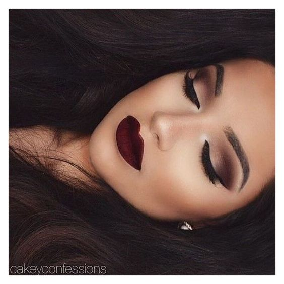 """?Hair And Makeup Tutorials on Instagram: """"Wow! Flawless makeup ? by... ❤ liked on Polyvore featuring beauty products, makeup, eye makeup, eyeshadow and palette eyeshadow"""