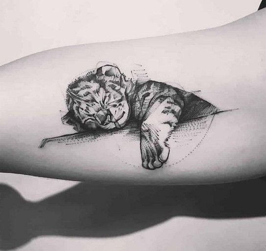 Most Creative Tiny Animal Tattoo Designs For Men And Women Sooshell Cute Animal Tattoos Baby Tattoo Designs Baby Tattoos