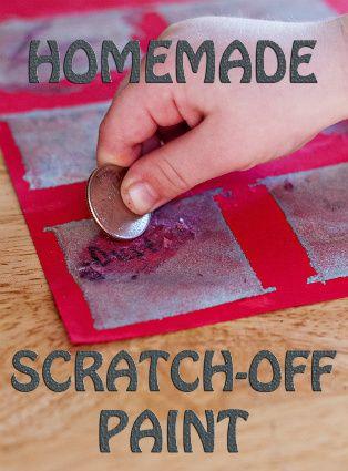 Cuadro de actividades con pintura con pintura para raspar