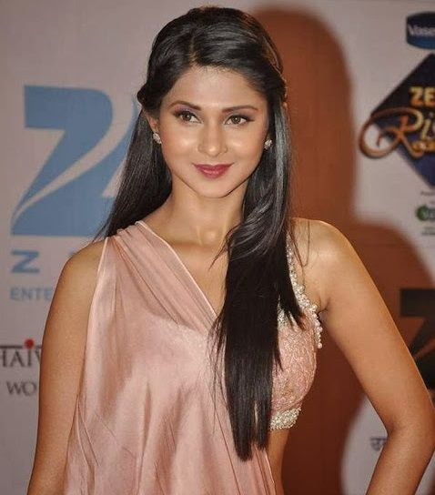 Jennifer Winget Wiki: Jennifer is mainly An Indian TV ...