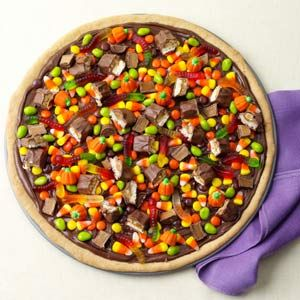 Trick-or-Treat-Pizza