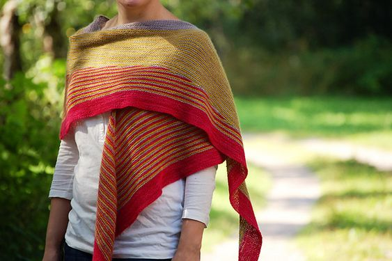 Color Affection by Veera Valimaki, pattern available @ http://www.ravelry.com/patterns/library/color-affection