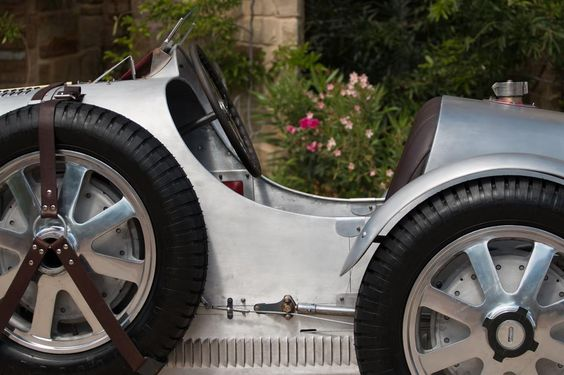 Car Detail for: 1931 Pur Sang-Bugatti Type 51