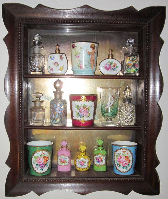 Antique Mirrored Curio Shelf for Perfume Display