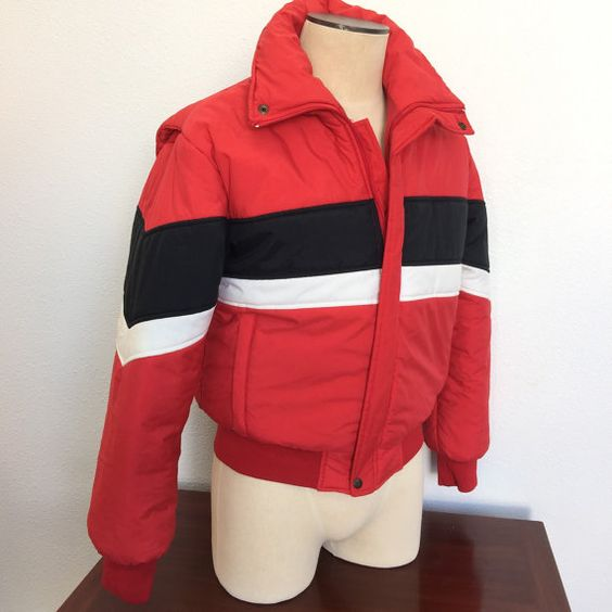 Mens Puffy Ski Jacket Vintage Size Medium by RetroResaleSanDiego #GotVintage #Vintage   #Clothing #Fashion