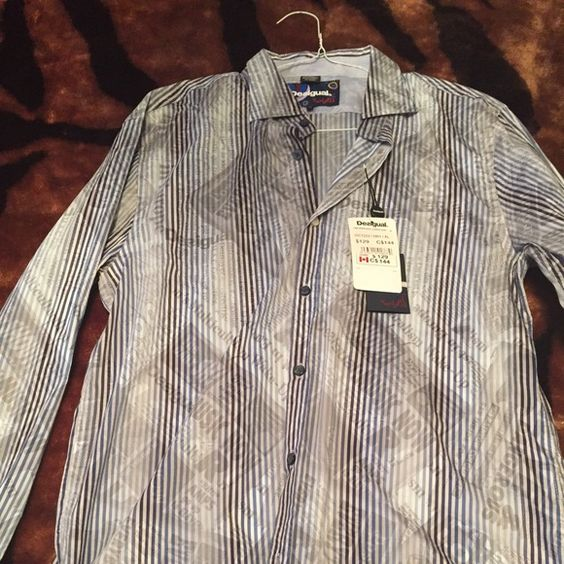 Men's Desigual button down Brand new with tag men's Desigual button down in size XL. Please message with any additional questions Desigual Tops Button Down Shirts