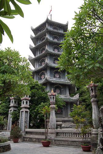 Pagoda de Linh Ong