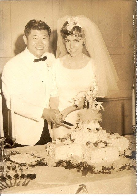 Interracial marriage, wedding cake, Eugene and Nicki Chen, June 17, 1967