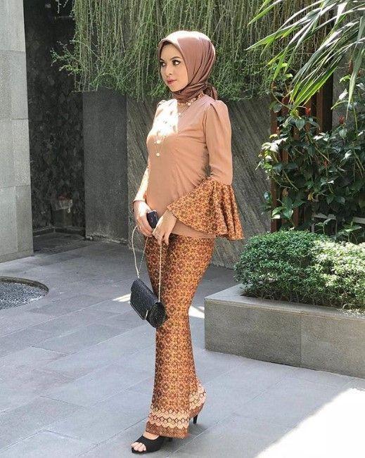 Model Lengan Baju Gamis Polos