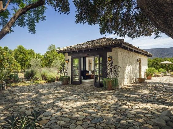 Stunning spanish style hacienda ranch in ojai spanish for Mexican casita house plans