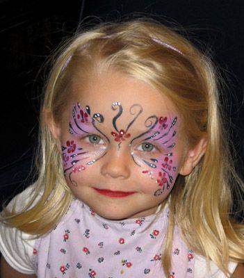 http://www.facebook.com/festeperbambiniroma. Vuoi volare in alto? Perchè non organizzi per il tuo bambino un'animazione super speciale che maschera tutti i bambini della festa? VUOI UNA FESTA PER BAMBINI? Contattami! :-) ☎ 328 69 77 038 (Cristiana)